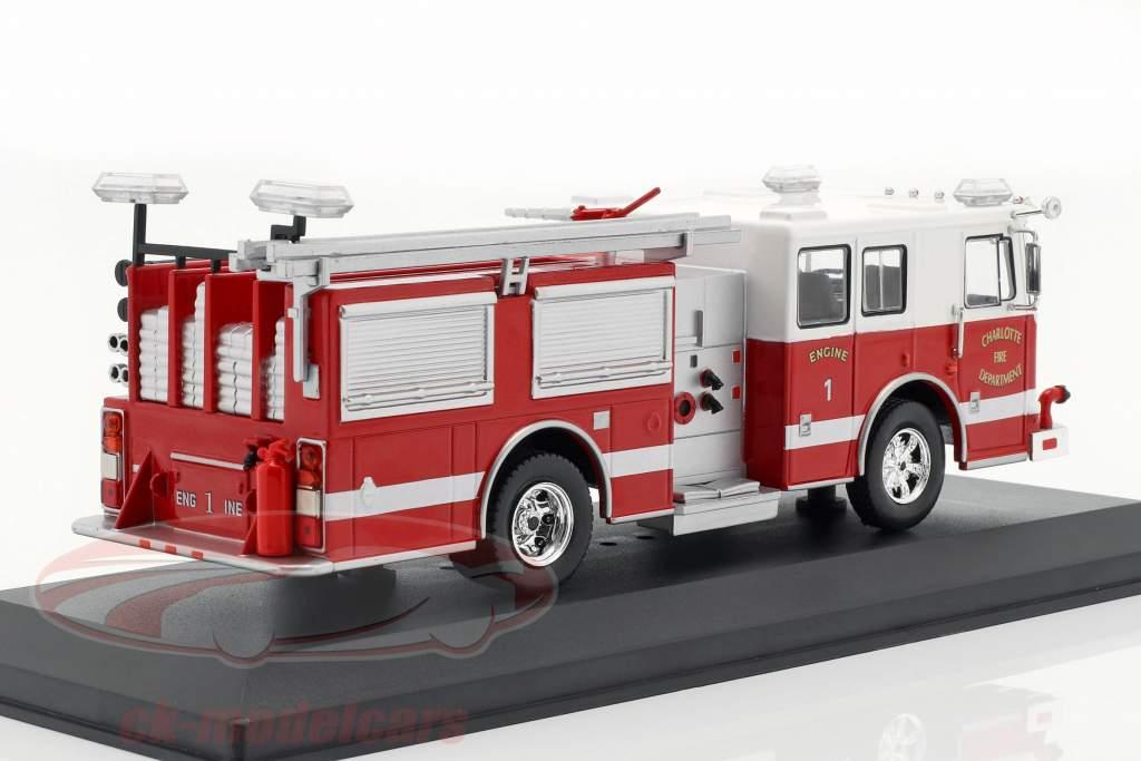 Seagrave Marauder II Charlotte Fire Department rosso / bianco 1:43 Ixo
