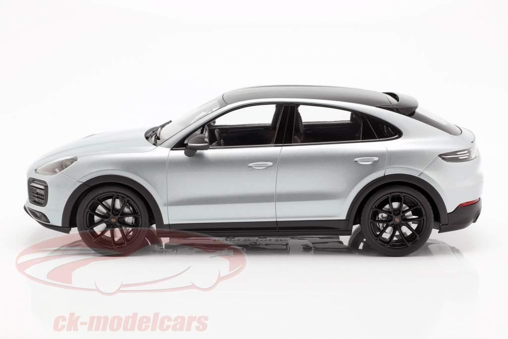 Porsche Cayenne S Coupe 2019 dolomiet zilver 1:18 Norev