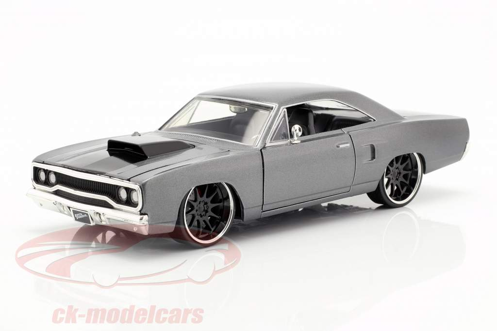 Dom's Plymouth Road Runner Movie Fast & Furious: Tokyo Drift (2006) 1:24 Jada Toys