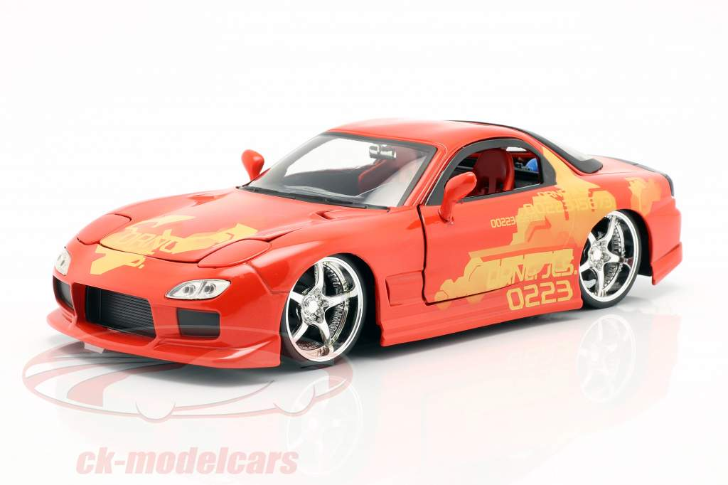 Orange Julius' Mazda RX-7 1995 filme 2 Fast 2 Furious (2003) 1:24 Jada Toys
