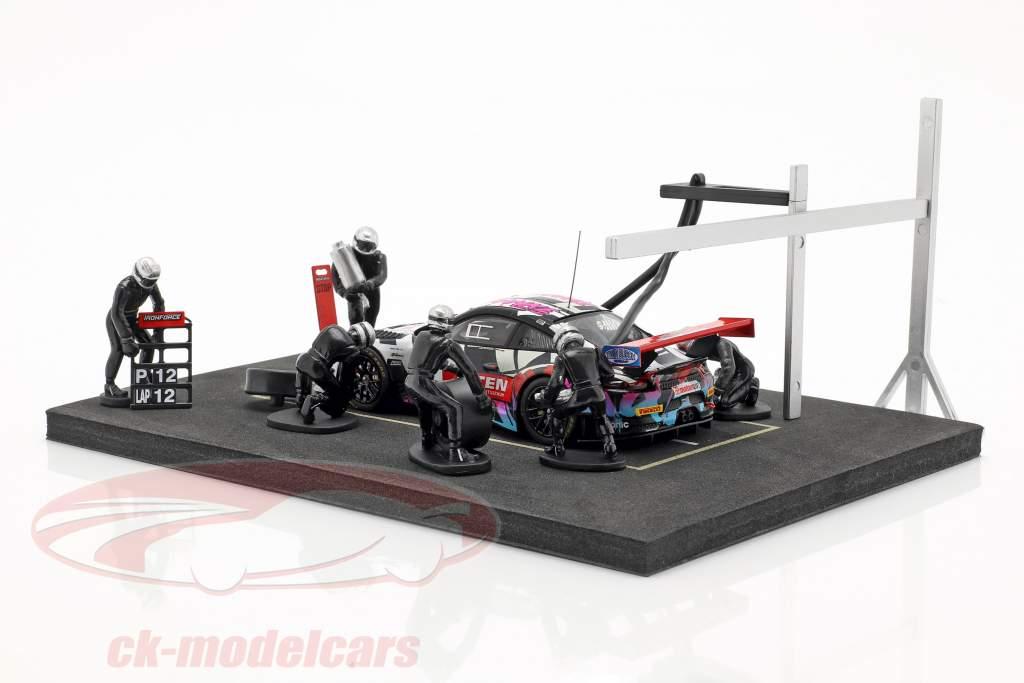 Iron Force Adventskalender: Porsche 911 (991) GT3 R #69 Iron Force 1:43 CMR