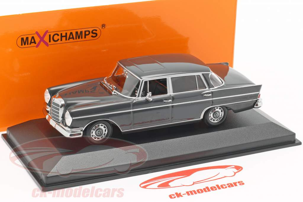 Mercedes-Benz 300 W112 SE lang year 1963 dark gray 1:43 Minichamps