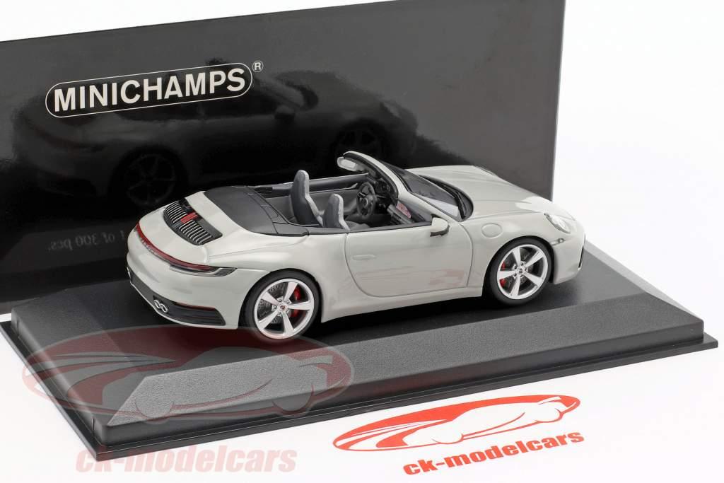 Porsche 911 (992) Carrera 4S Cabriolet anno di costruzione 2019 gesso grigio 1:43 Minichamps