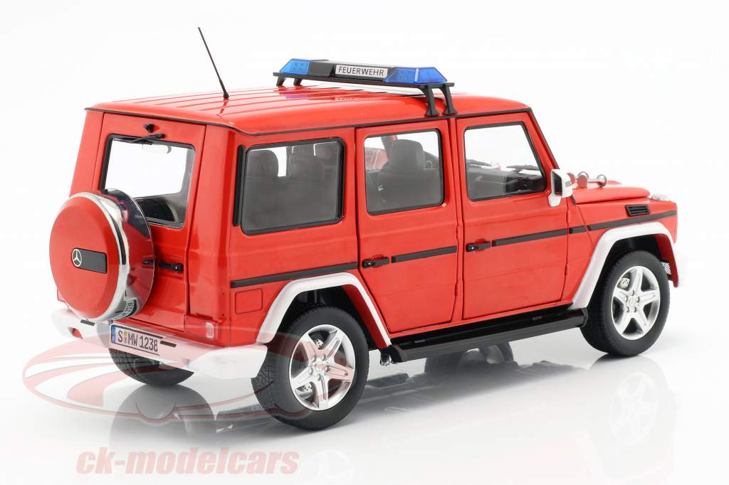 Mercedes-Benz G-classe (W463) 2015 bombeiros 1:18 iScale