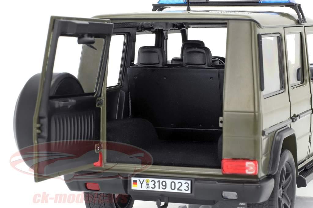 Mercedes-Benz G-Class (W463) 2015 la policía militar 1:18 iScale