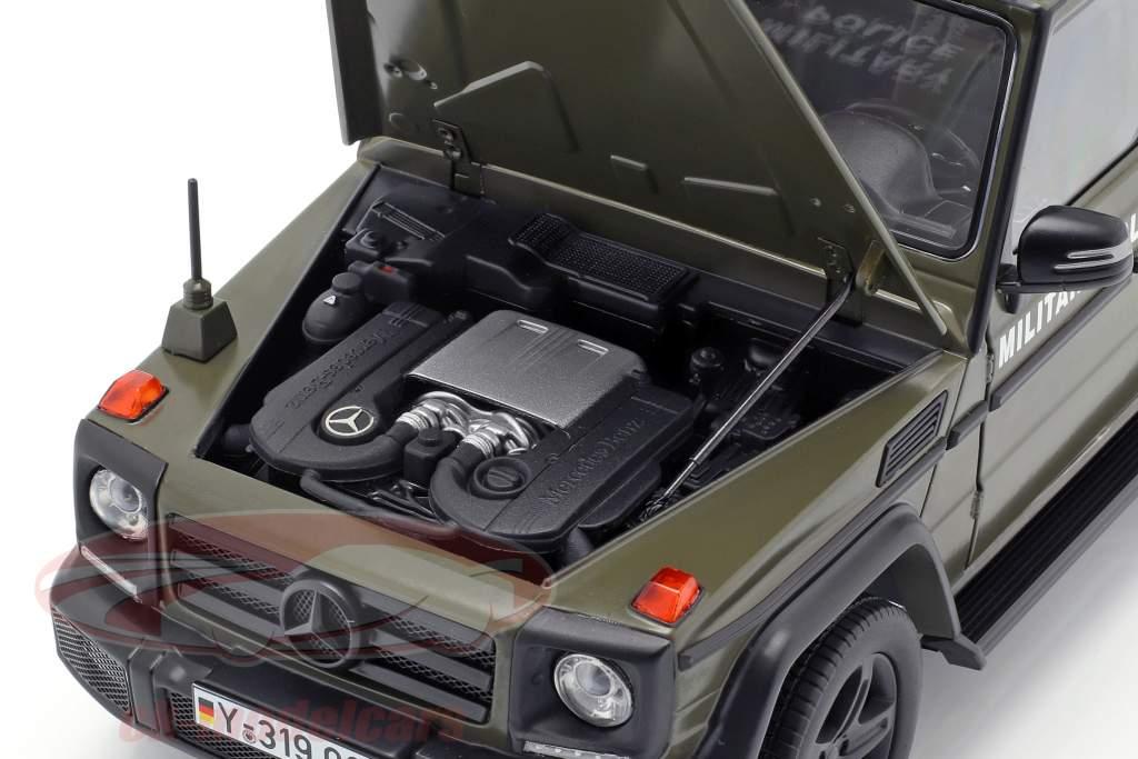 Mercedes-Benz G-Klasse (W463) 2015 Militärpolizei 1:18 iScale