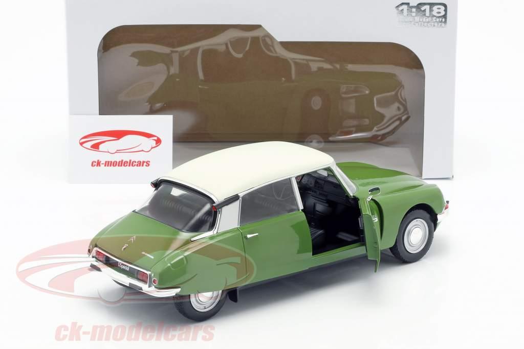 Citroen D Special Opførselsår 1972 muscine grøn / hvid 1:18 Solido