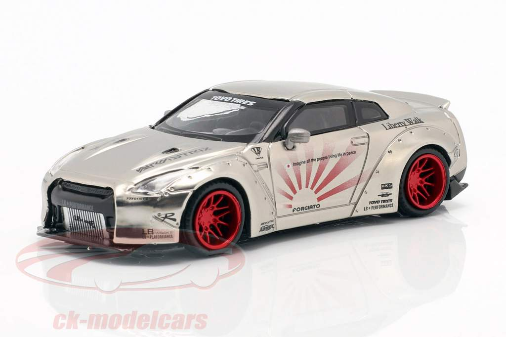 LB Works Nissan GT-R (R35) tipo 1 LHD satin prata 1:64 True Scale
