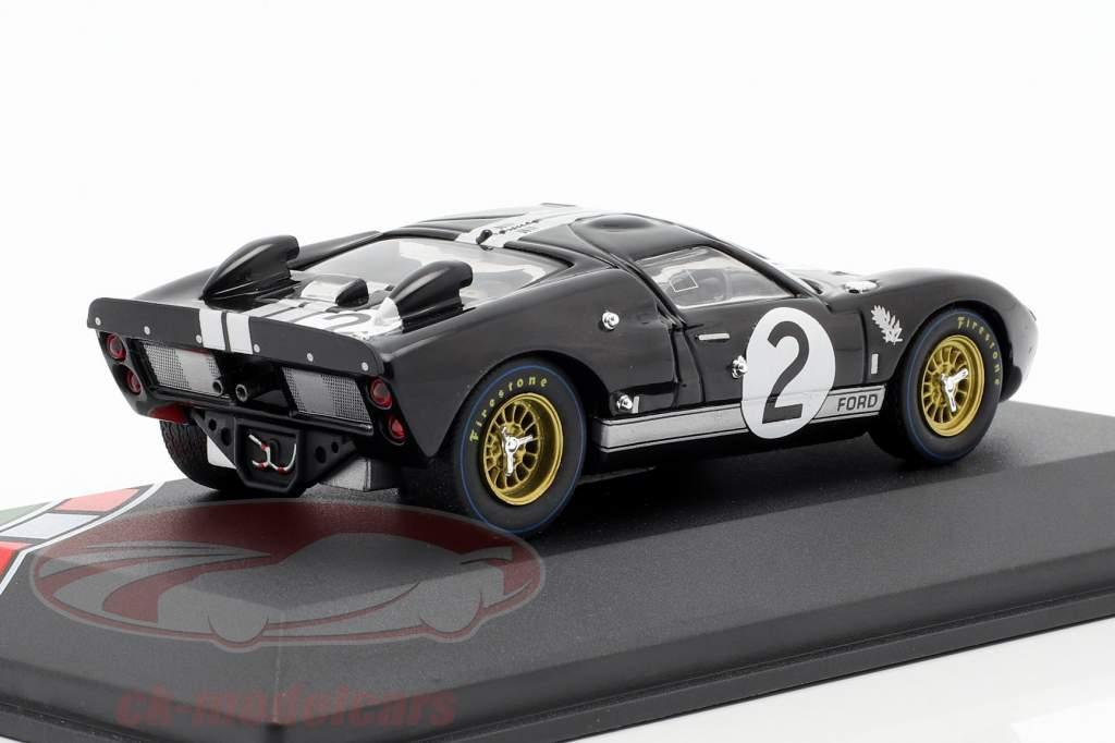 Ford GT40 MK II #2 winnaar 24h LeMans 1966 McLaren, Amon 1:43 CMR