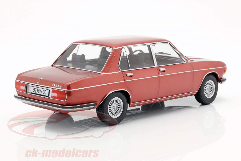 BMW 3.0S E3 series 2 year 1971 brown metallic 1:18 KK-Scale