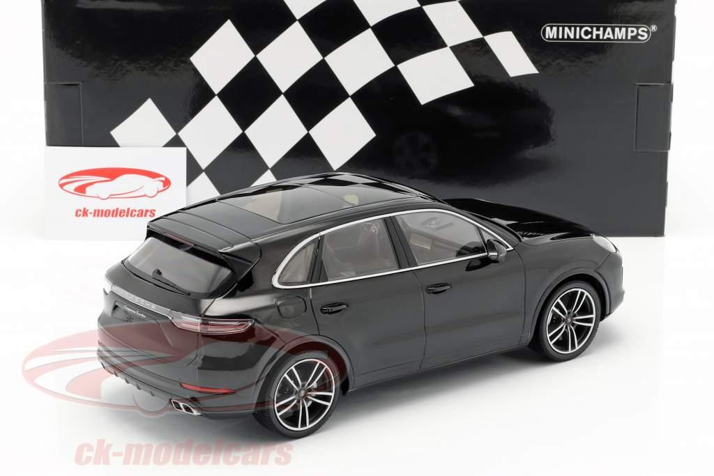 Porsche Cayenne Turbo S année de construction 2017 noir 1:18 Minichamps