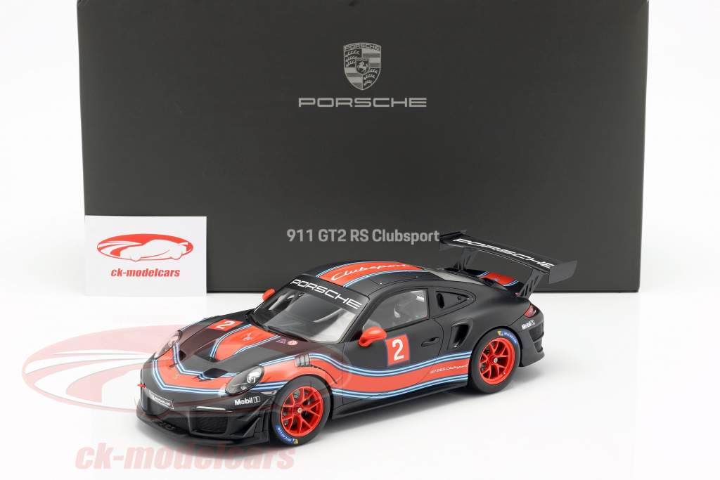Porsche 911 (991 II) GT2 RS Clubsport #2 Martini Livery with showcase 1:18 Spark