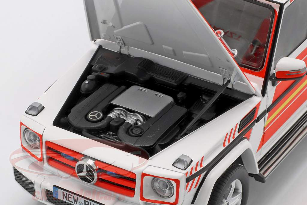 Mercedes-Benz G-Klasse (W463) 2015 noodgeval 1:18 iScale