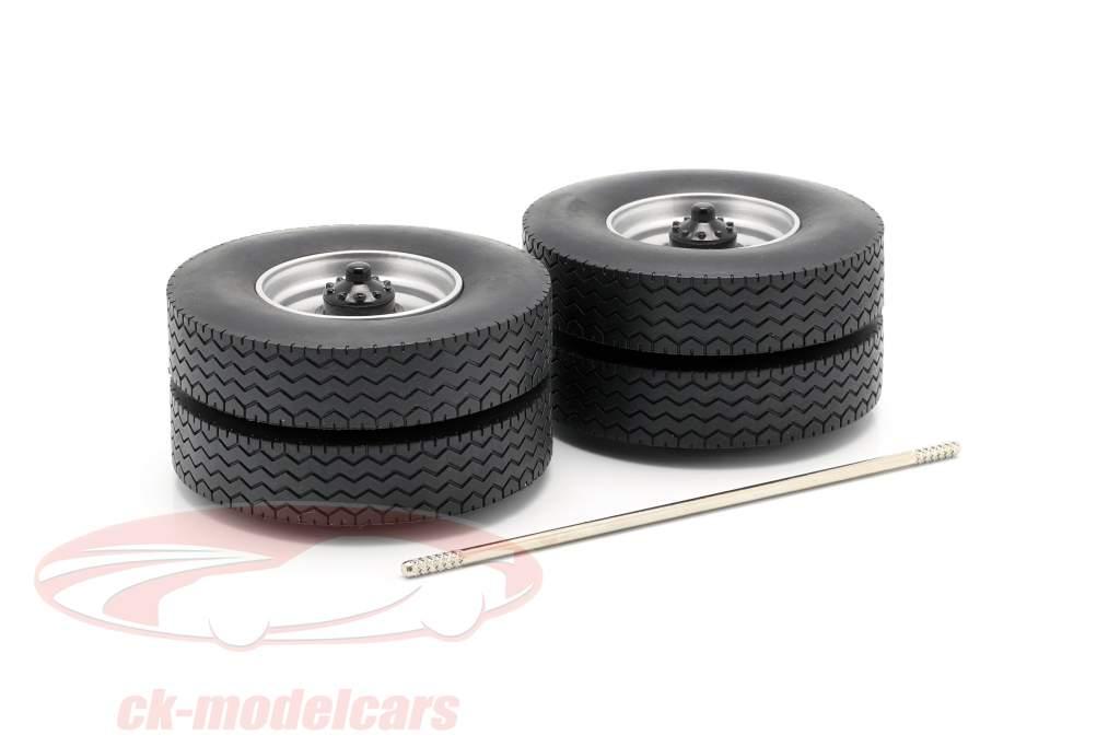 jantes et pneu Set avec axe gris 1:18 Road Kings