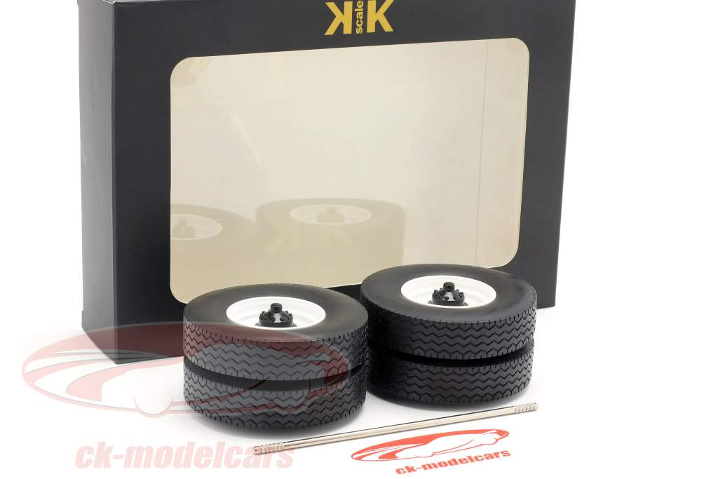Felgen und Reifen Set mit Achse weiß 1:18 Road Kings