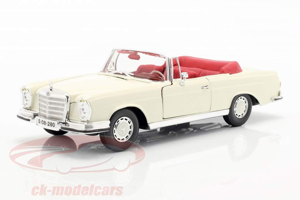 Mercedes-Benz 280 SE Anno 1967 crema bianco 1:18 Maisto