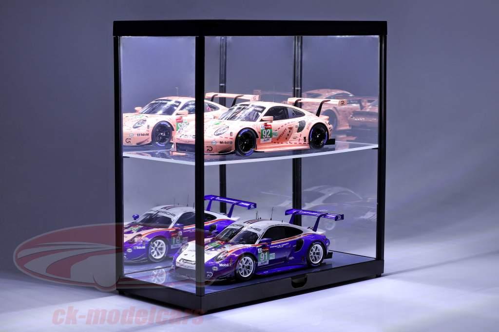 dobbelt udstillingsvindue med LED-belysning til modelbiler i skala 1:18 sort Triple9