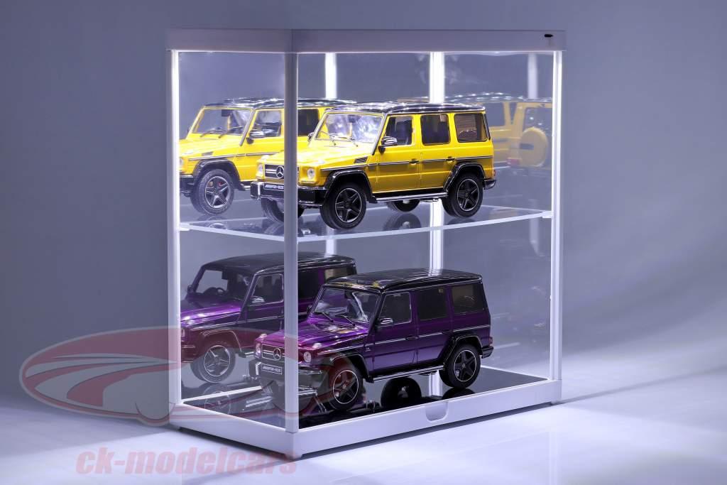 dobbelt udstillingsvindue med LED-belysning til modelbiler i skala 1:18 hvid Triple9