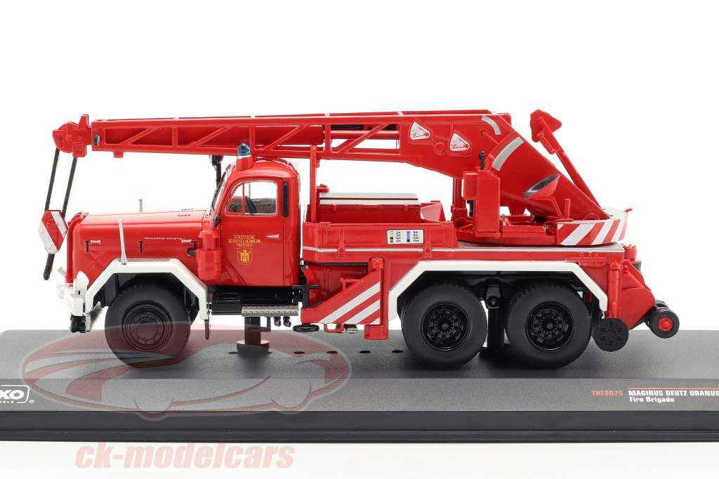 Magirus Deutz Uranus KW 16 departamento de bomberos Munich 1:43 Ixo