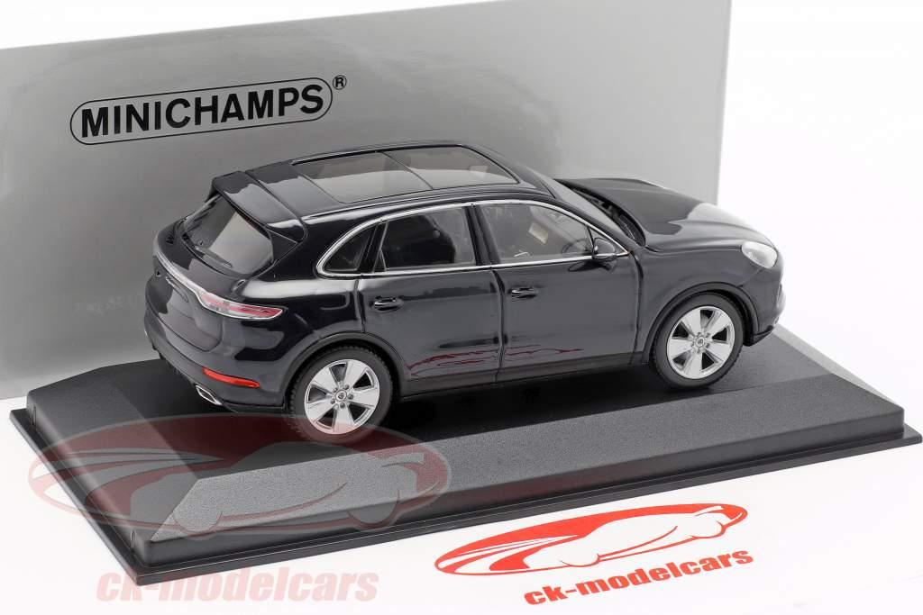 Porsche Cayenne Bouwjaar 2017 donkerblauw metalen 1:43 Minichamps