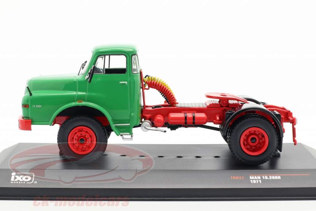 MAN 19.280H vrachtwagen Bouwjaar 1971 groen 1:43 Ixo