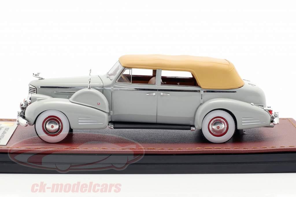 Cadillac V16 Series 90 Fleetwood Sedan Closed Top Baujahr 1938 grau 1:43 GLM