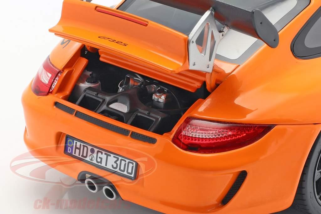 Porsche 911 (997 II) GT3 RS year 2010 orange 1:18 Norev