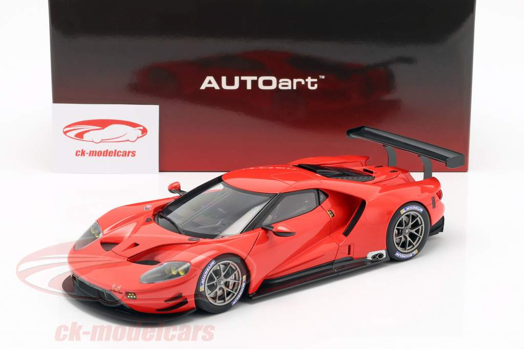 Ford GT LeMans Plain Body Version rød 1:18 AUTOart