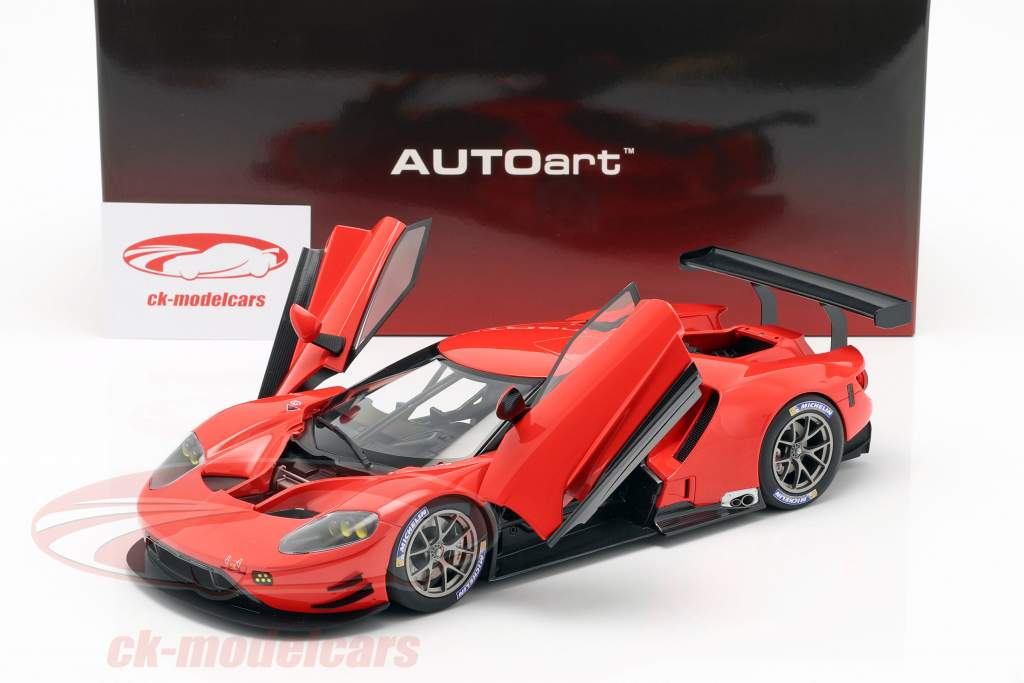 Ford GT LeMans Plain Body Version red 1:18 AUTOart