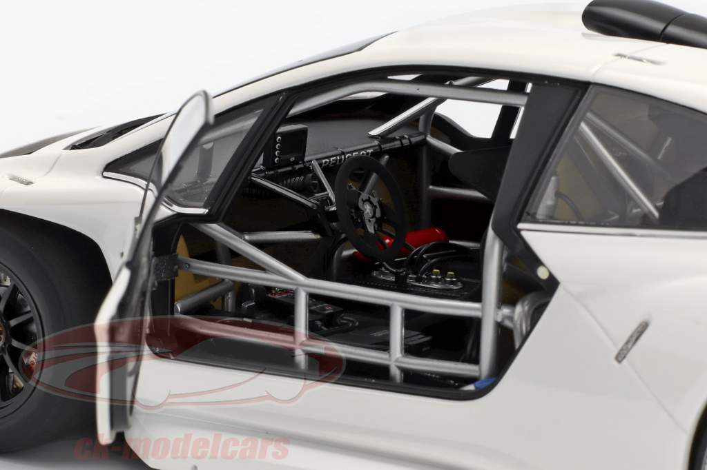 Peugeot 208 T16 Pikes Peak Plain Body Version 2013 hvid 1:18 AUTOart