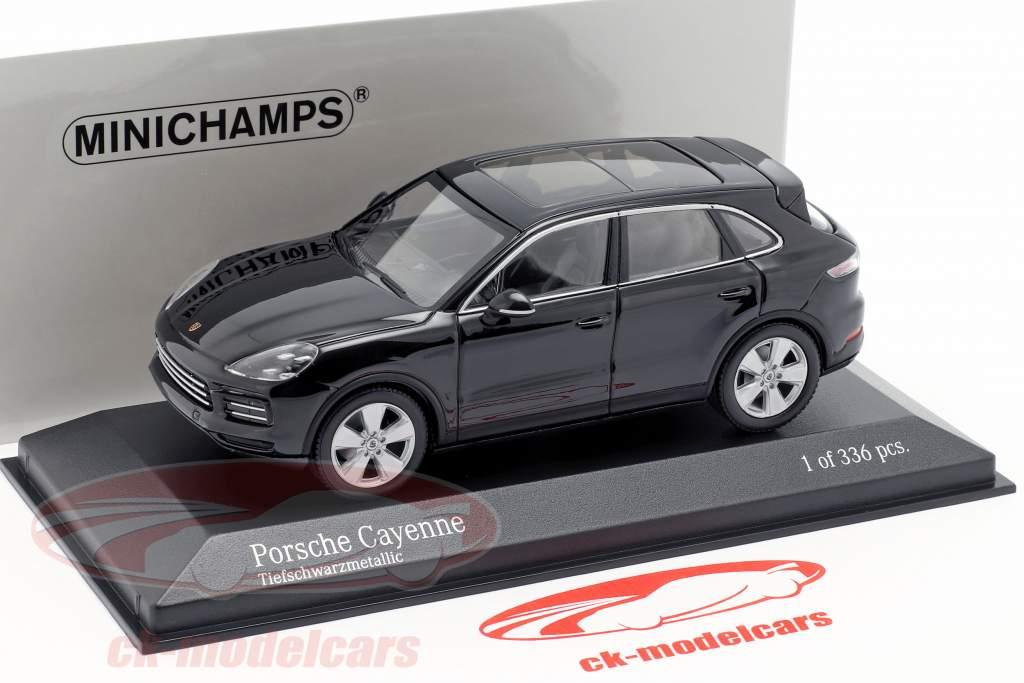 Porsche Cayenne Bouwjaar 2017 diepzwart metalen 1:43 Minichamps