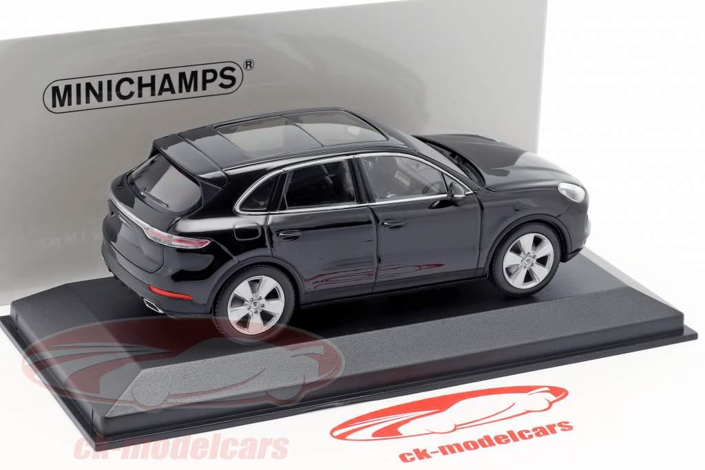 Porsche Cayenne Baujahr 2017 tiefschwarz metallic 1:43 Minichamps