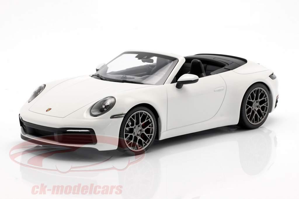 Porsche 911 (992) Carrera 4S Cabriolet year 2019 white 1:18 Minichamps