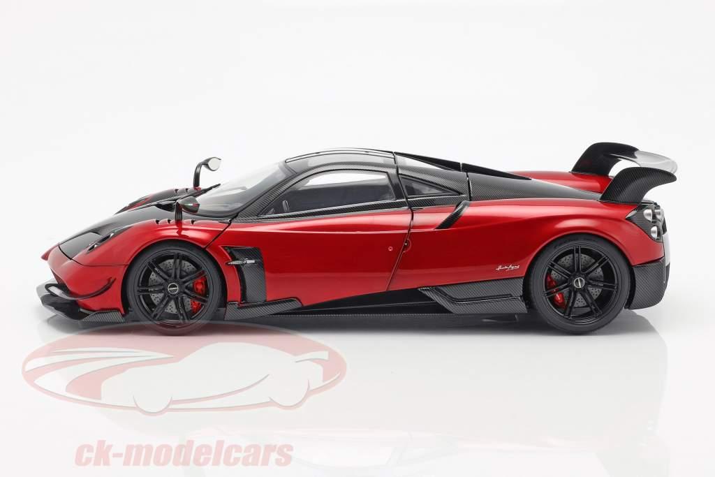Pagani Huayra BC year 2016 Dubai red / carbon 1:18 AUTOart