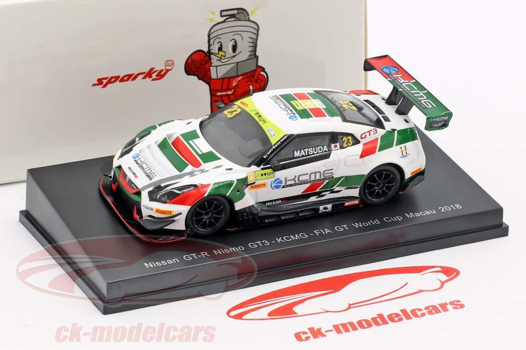 Nissan GT-R Nismo GT3 #23 Copa do Mundo FIA GT Macau 2018 Tsugio Matsuda 1:64 Spark