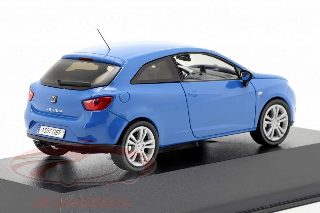 Seat Ibiza SC bleu 1:43 Seat