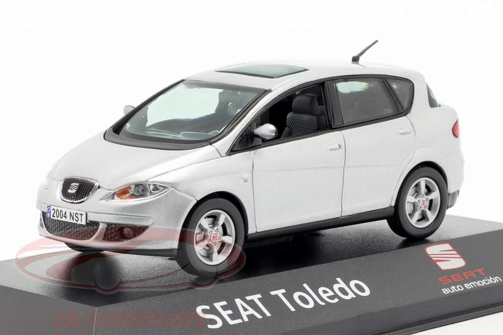 Seat Toledo zilvergrijs metalen 1:43 Seat