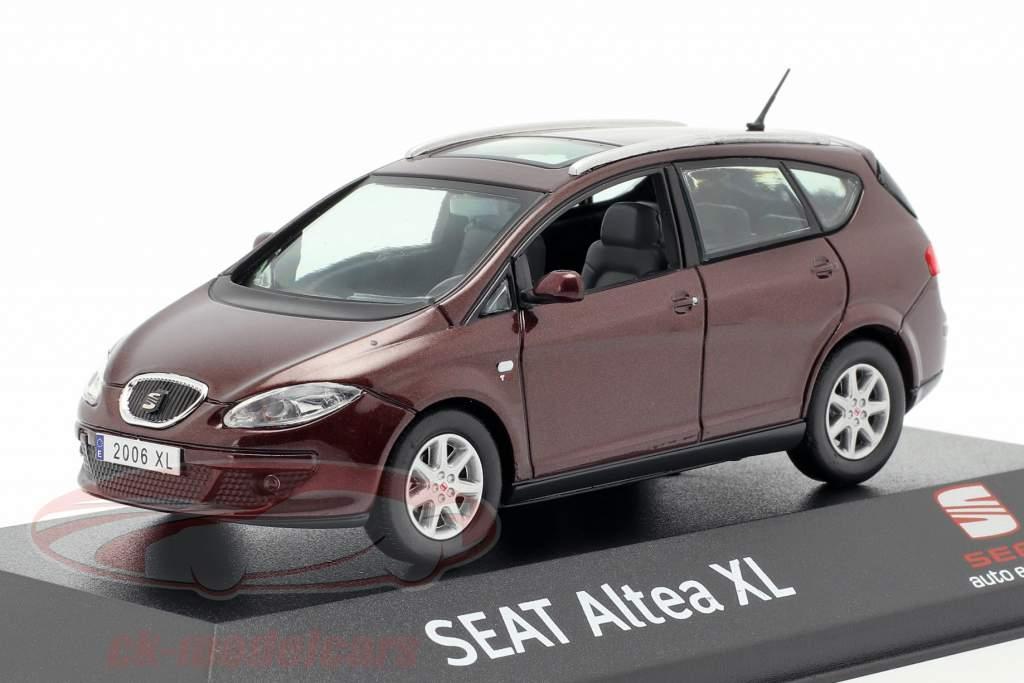 Seat Altea XL pourpre métallique 1:43 Seat