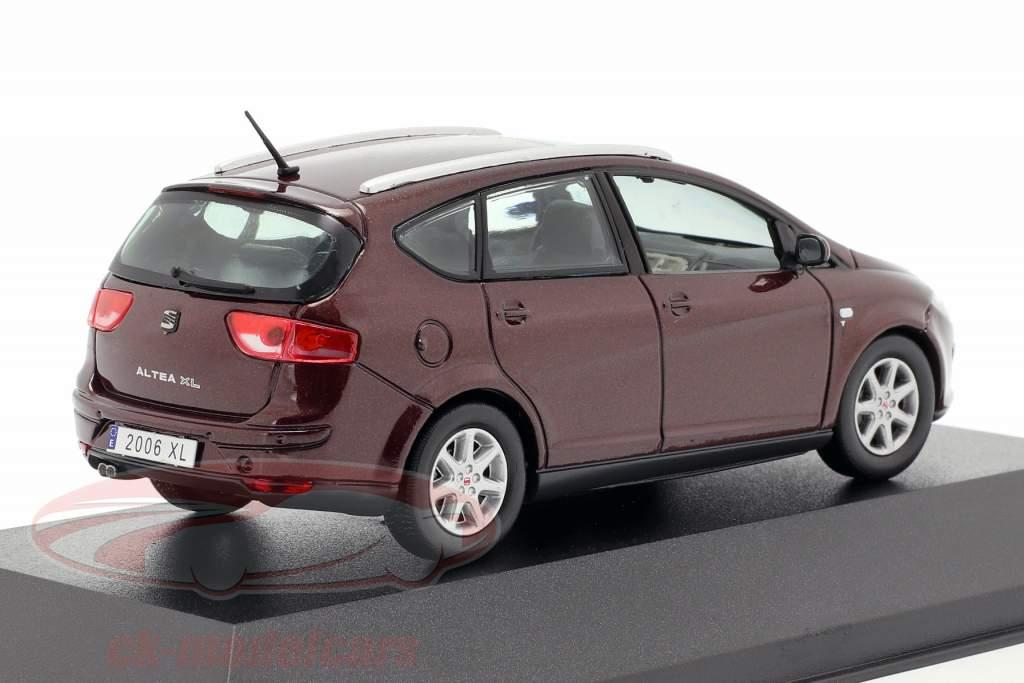 Seat Altea XL roxo metálico 1:43 Seat