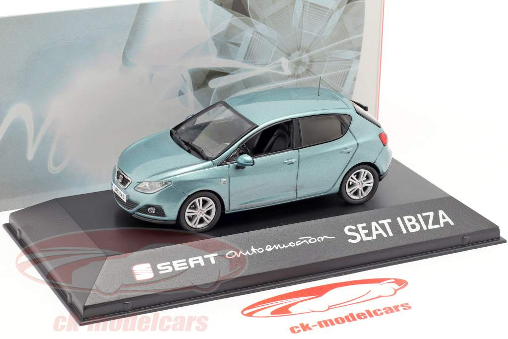 Seat Ibiza IV azul claro 1:43 Seat