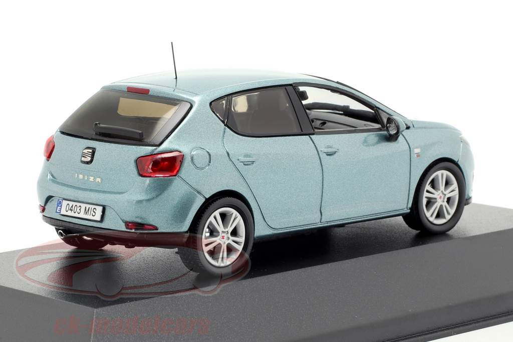 Seat Ibiza IV lichtblauw 1:43 Seat