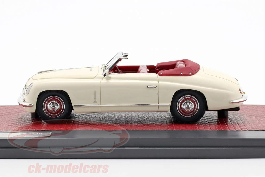 Alfa Romeo 6C 2500 Ghia Convertible Open Top 1947 cream white 1:43 Matrix