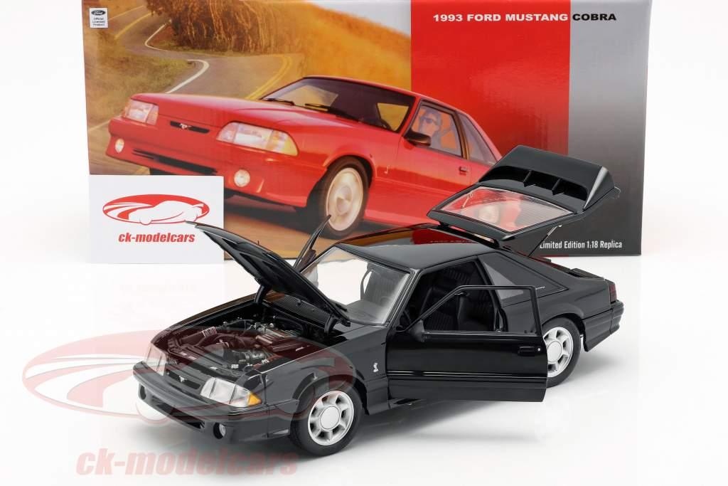 Ford Mustang Cobra year 1993 black 1:18 GMP