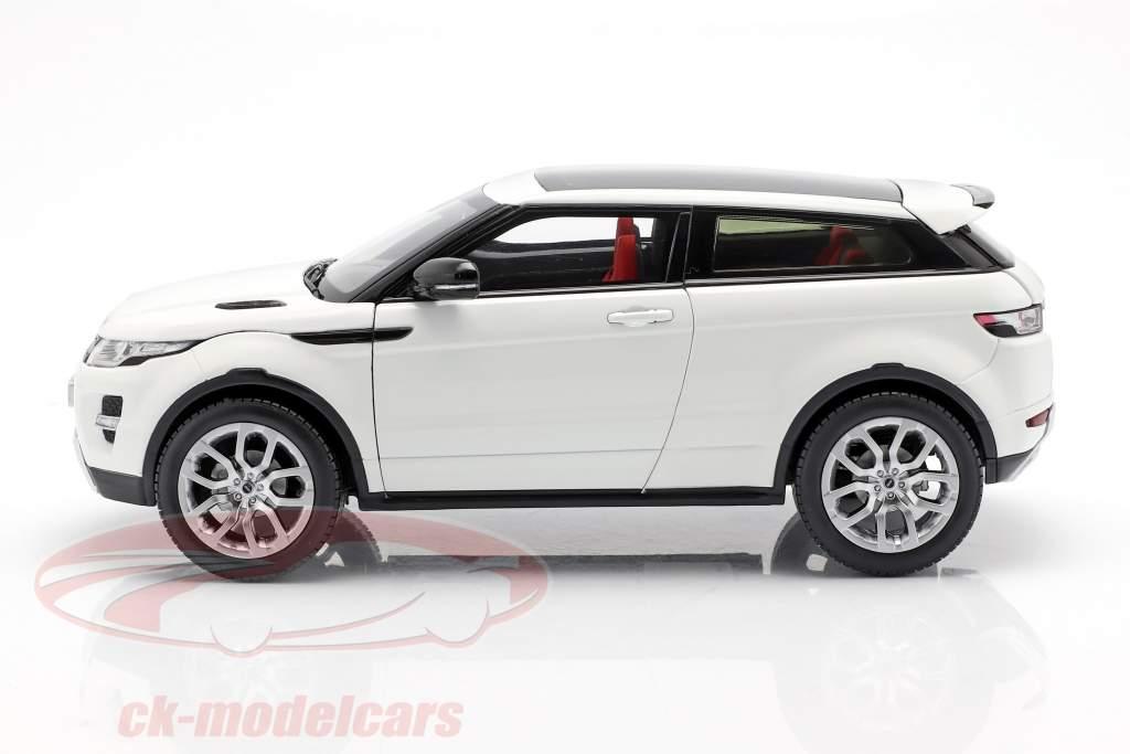 Land Rover Range Rover Evoque ano de construção 2011 branco 1:18 Welly GTA