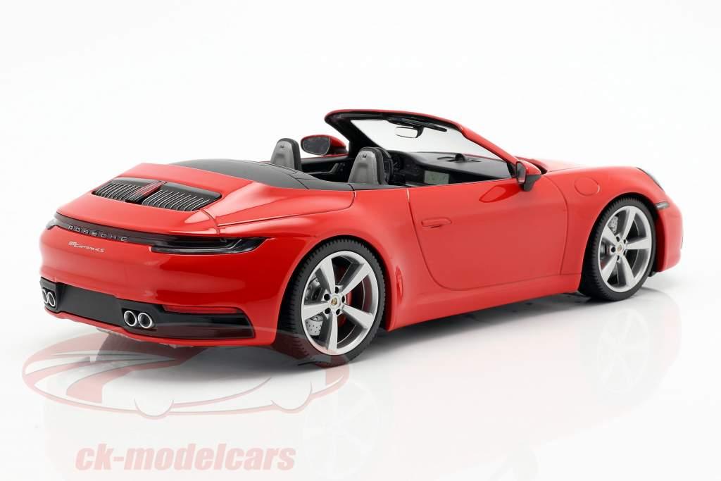 Porsche 911 (992) Carrera 4S cabriolé ano de construção 2019 vermelho 1:18 Minichamps