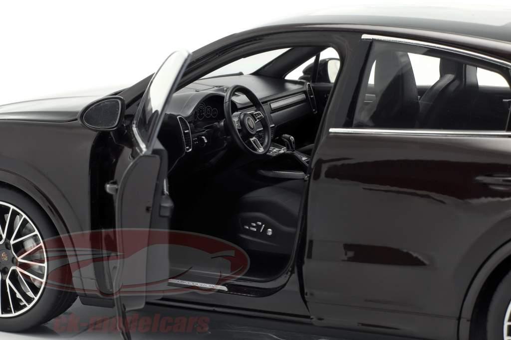 Porsche Cayenne Turbo Coupe 2019 caoba marrón metálico con escaparate 1:18 Norev