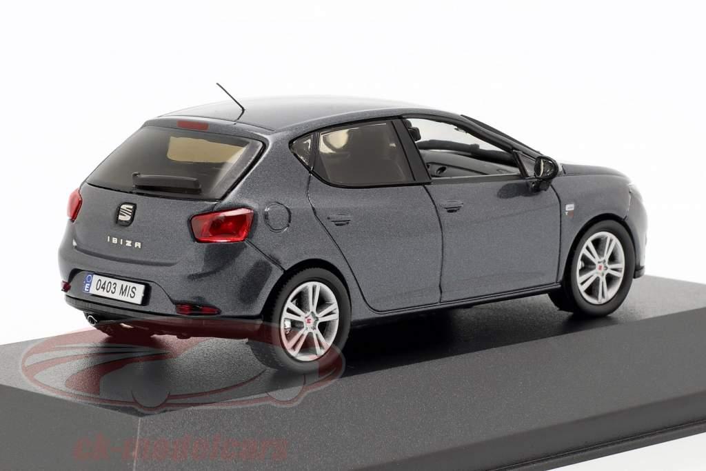 Seat Ibiza IV ano de construção 2008-2017 cinza escuro metálico 1:43 Seat