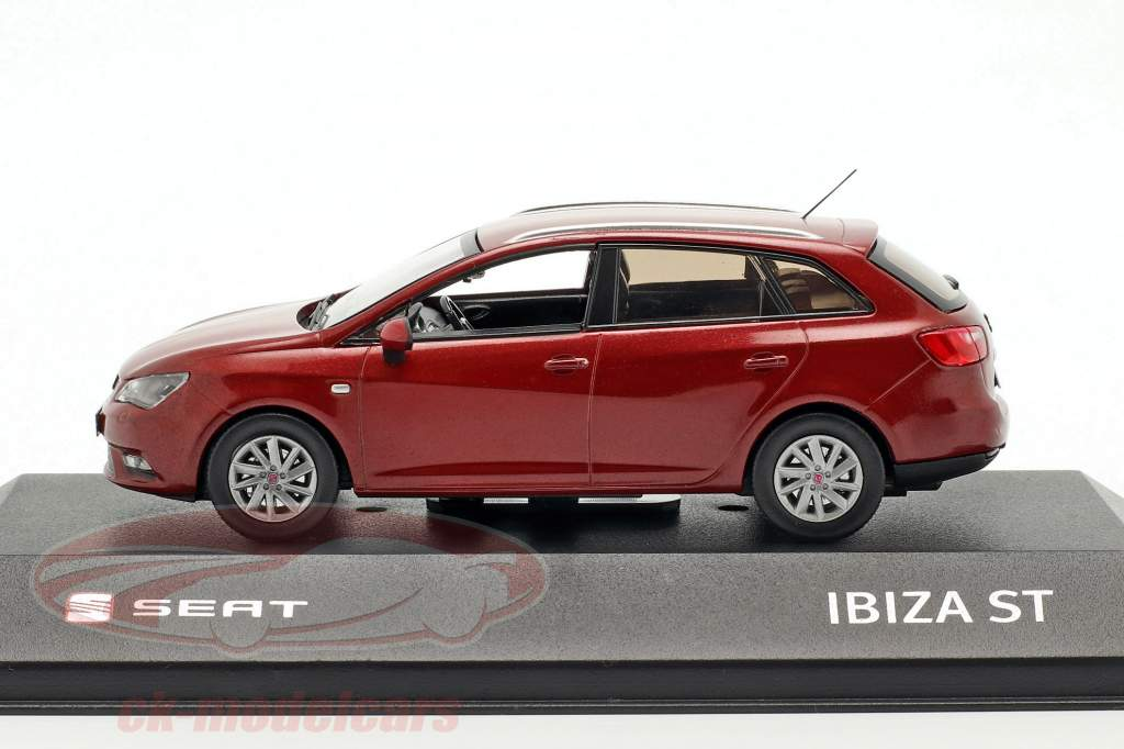 Seat Ibiza ST mørk rød metallisk 1:43 Seat
