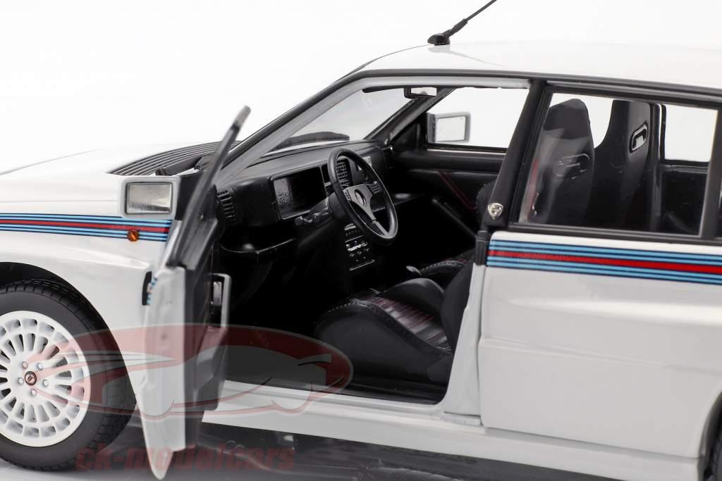 Lancia Delta HF Integrale 5 Baujahr 1991 weiß / Martini-Lackierung 1:18 Kyosho