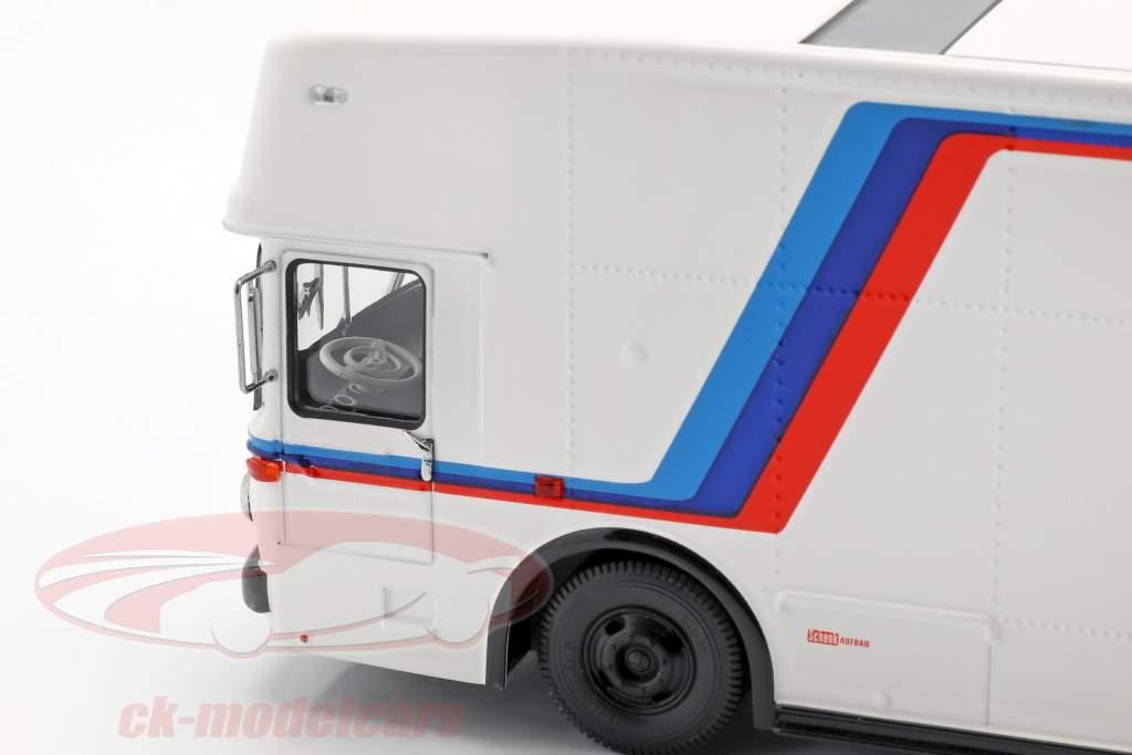 Mercedes-Benz O 317 gara camion BMW Motorsport bianco 1:43 Schuco